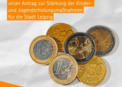 """""""Sieben Euro sind das Mindeste."""" Dieses Share-Pic zeigt sieben Euro in Münzen und die Forderung nach der Erhöhung der Pauschale für Jugenderholungsmaßnahmen."""